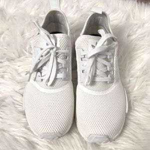 Adidas NMD_R1 Color White Size 9